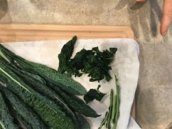 remove kale from stems